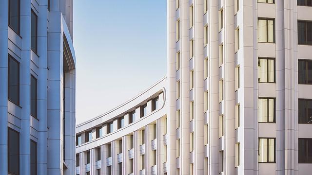 moderní budova, okna