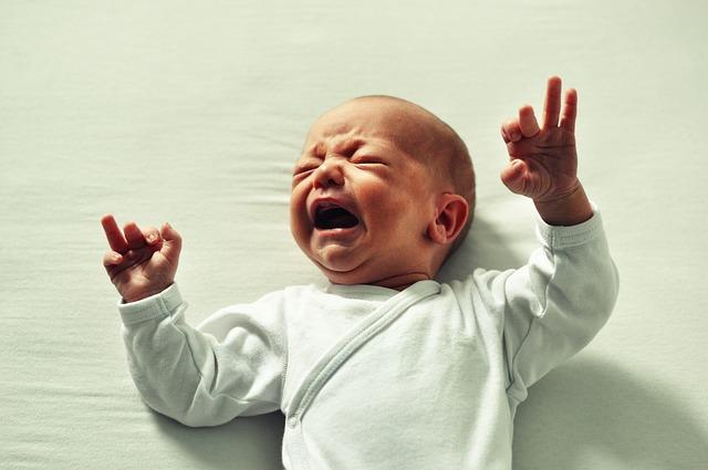 pláč miminka